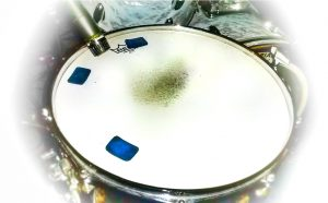Snare Drum Dampening Microphone and Moongels