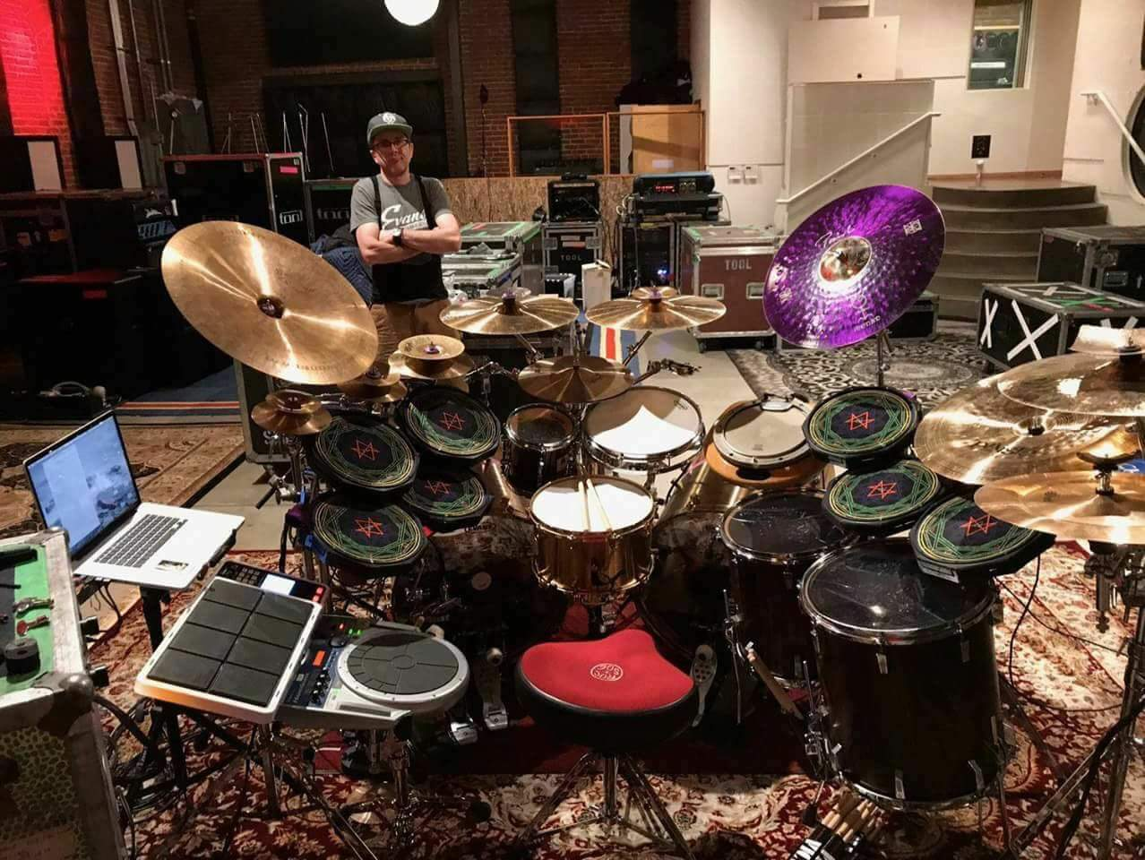 2018 new tool album danny carey is recording drums now news. Black Bedroom Furniture Sets. Home Design Ideas